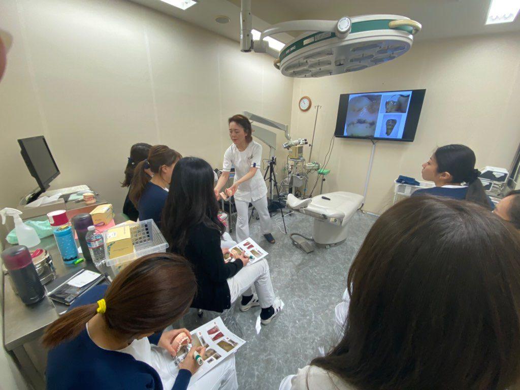 歯科衛生士院内セミナーの様子